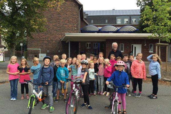 LGS_Klassen_Pinguine_Fahrradtraining (1)