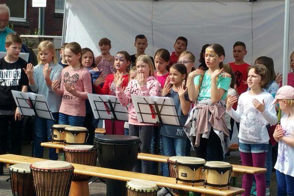 LGS_aktuell_Frühlingsfest (1)